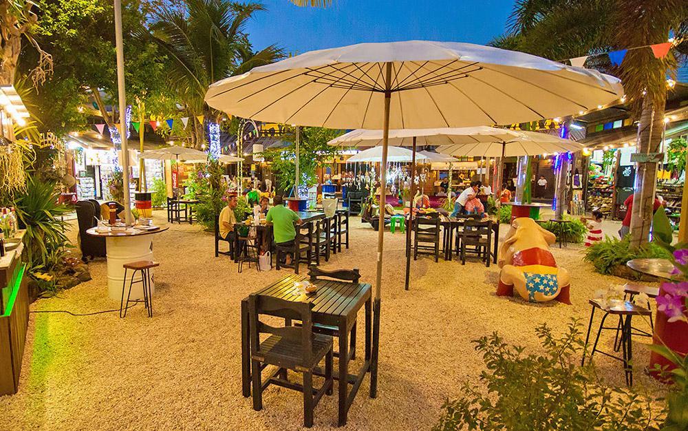 بازار شبانه الفنت واک سامویی (تایلند)