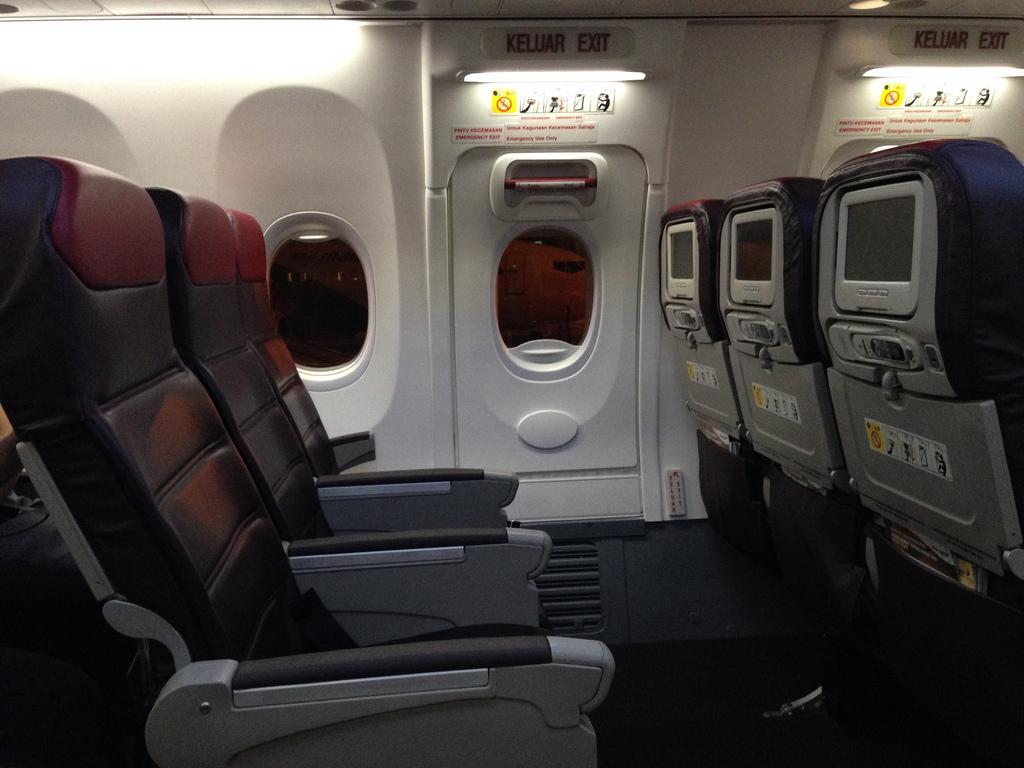 آیا باز شدن در هواپیما در حین پرواز ممکن است؟