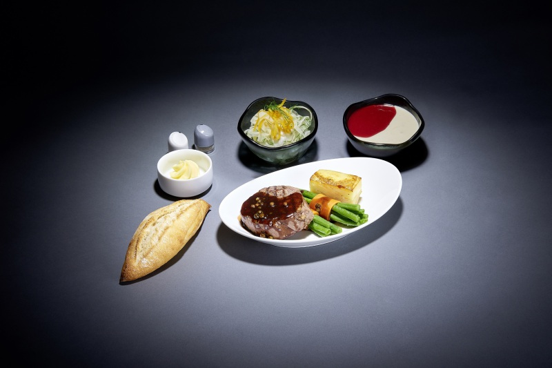 منوی جدید غذا در هواپیمایی لوفتهانزا روینمایی شد