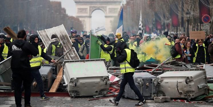 لغو کامل طرح جنجالی دولت فرانسه به منظور آرام کردن معترضان