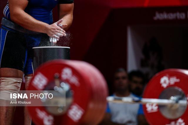 قهرمانی وزنه بردار اندونزی همراه با شکستن رکورد دوضرب و مجموع دنیا