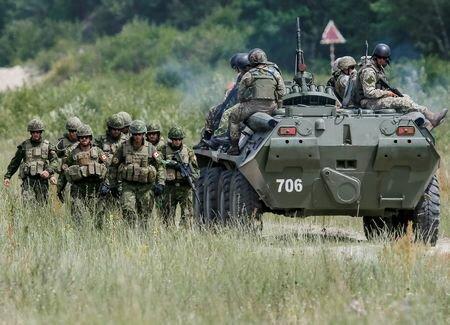 کانادا ماموریت آموزش نظامی خود در اوکراین را تمدید می نماید