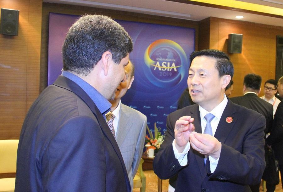 هاشمی و گوا ویمین بر افزایش همکاری های رسانه ای ایران و چین تاکید کردند