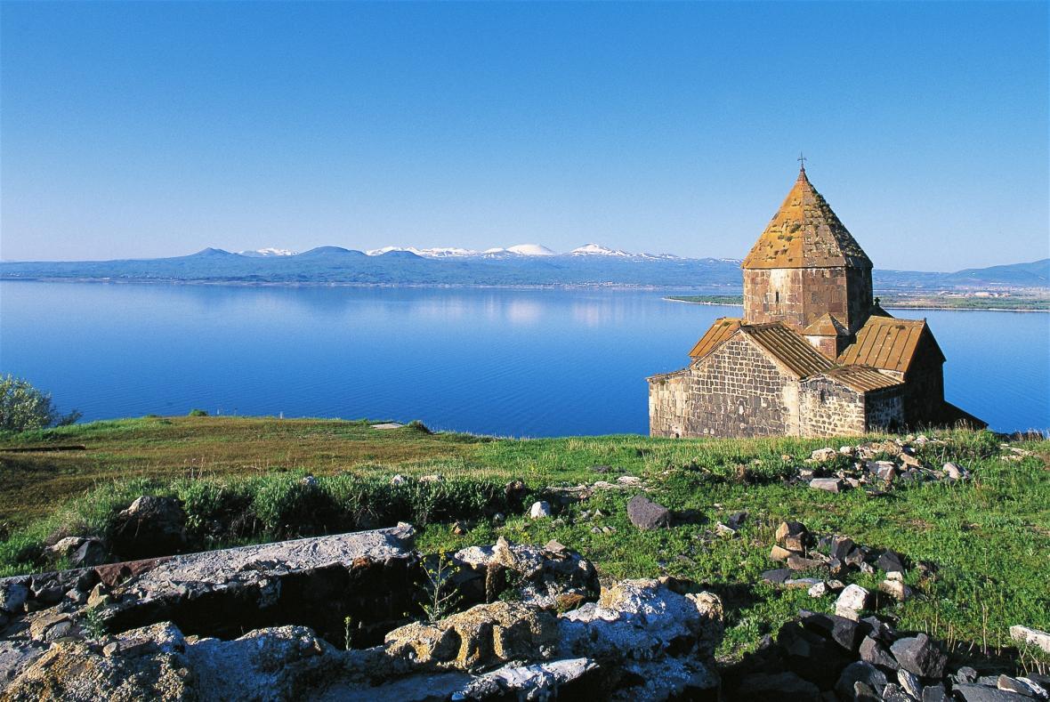 دریاچه سوان (ارمنستان)