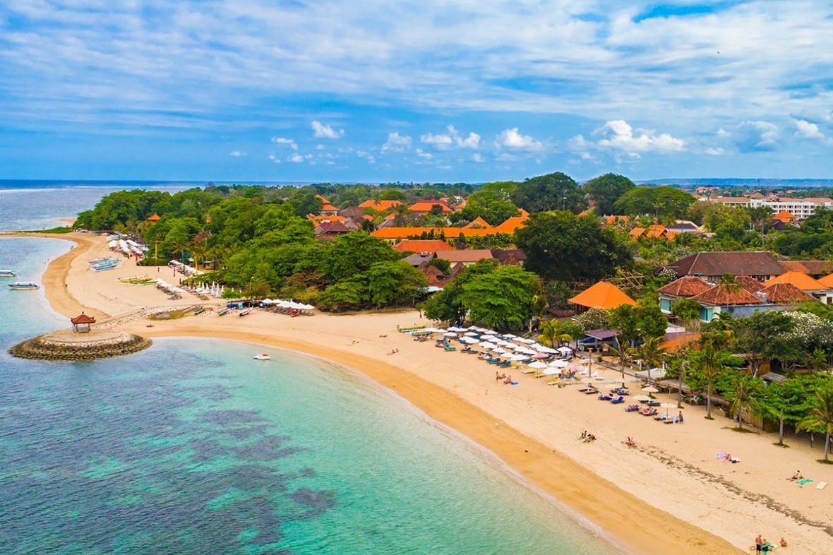 ساحل سانور بالی (اندونزی)