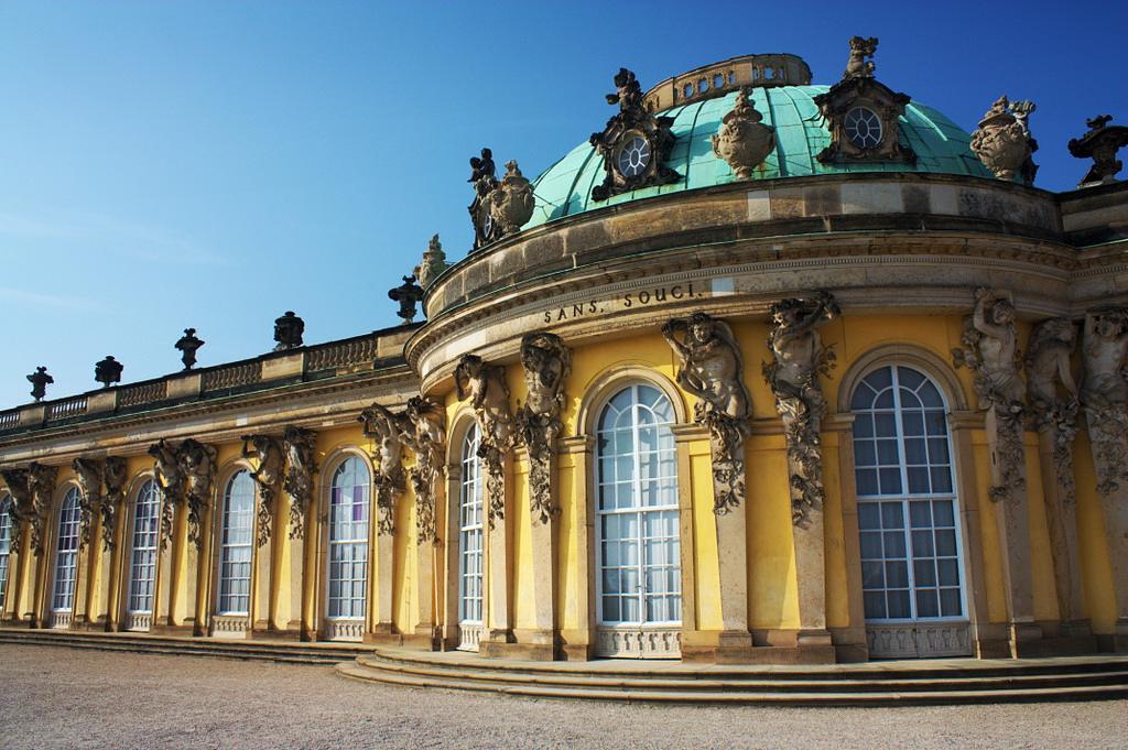 کاخ سان سوسی پوتسدام (آلمان)