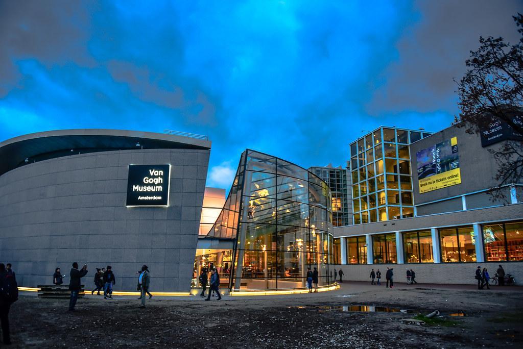 موزه ون گوگ آمستردام (هلند)