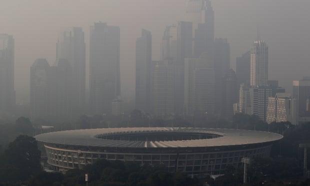 شکایت فعالان محیط زیست علیه دولت اندونزی