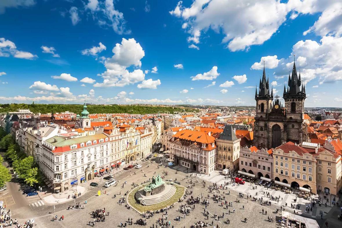 میدان قدیمی شهر پراگ (جمهوری چک)