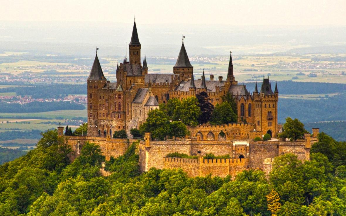قلعه هوهنزولرن (آلمان)