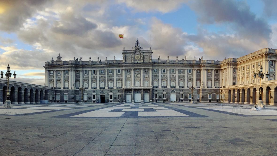 کاخ سلطنتی مادرید (اسپانیا)