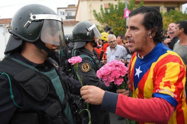 دادگاه عالی اسپانیا دوشنبه حکم رهبران جدایی طلب را اعلام می نماید