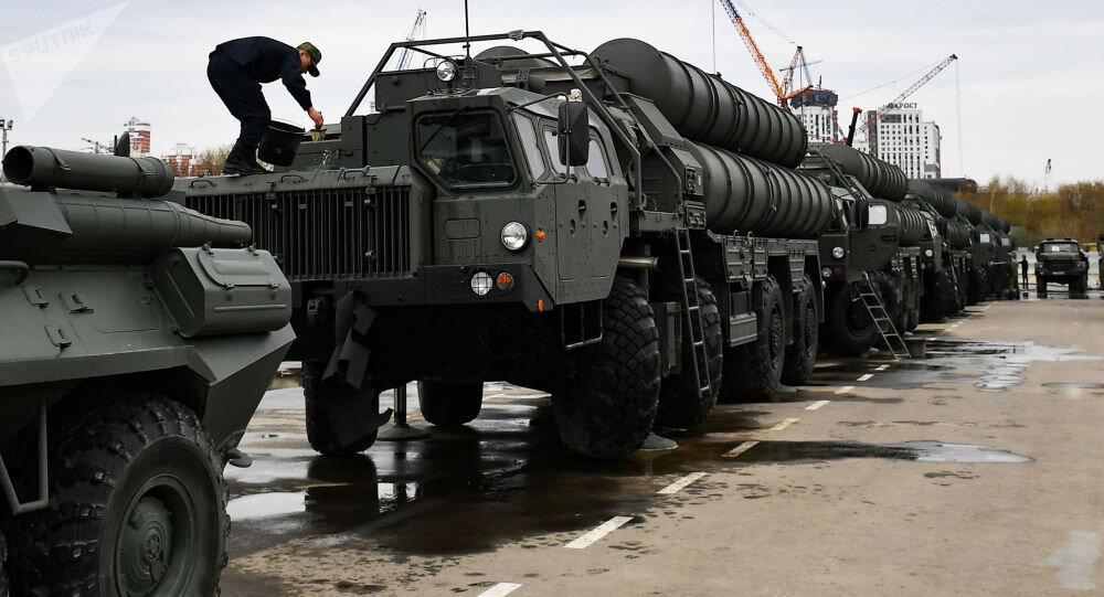 ترس هندوستان از تحریم احتمالی آمریکا به خاطر خرید جنگ افزار روسی