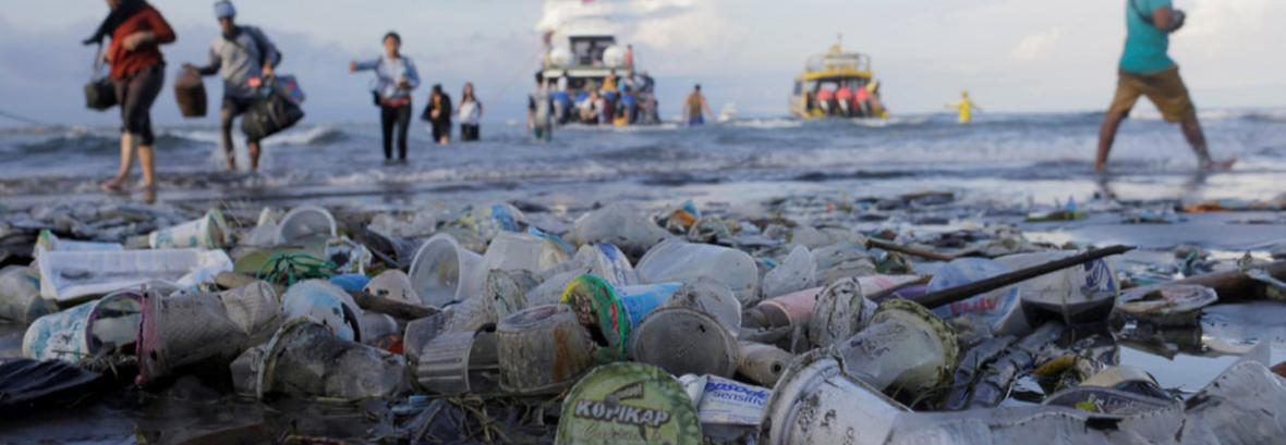 گردشگران بالی از این پس باید نفری 10 دلار برای تمیز کردن سواحل بپردازید