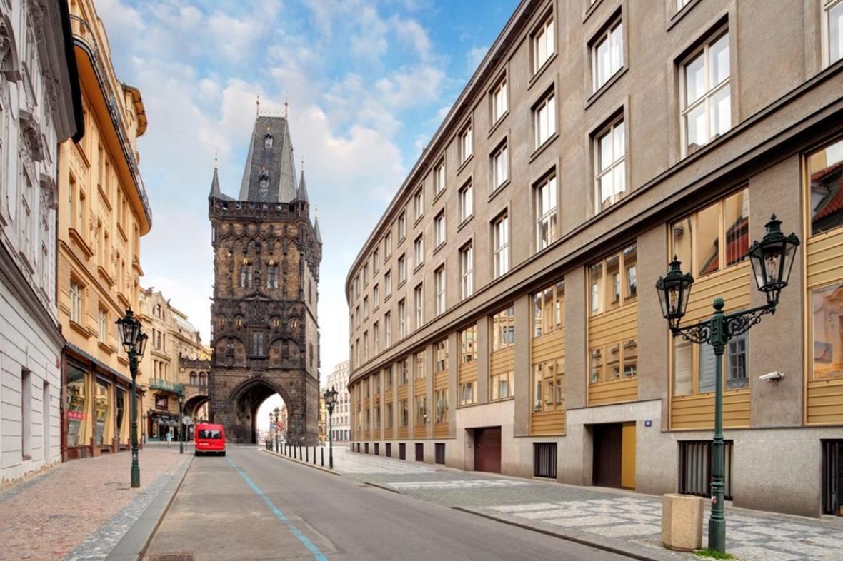برج پودر پراگ (جمهوری چک)