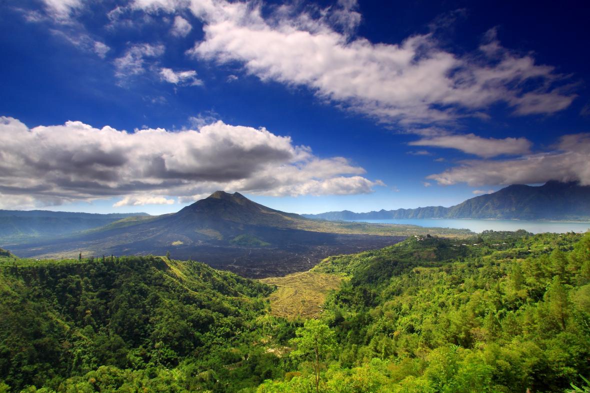 کوه باتور بالی (اندونزی)