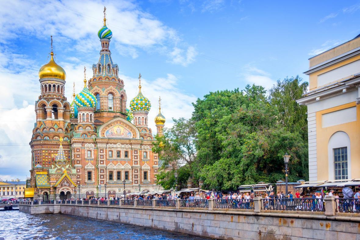 کلیسای ناجی در خون سن پترزبورگ (روسیه)