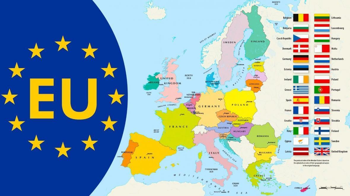چه کسانی واجد شرایط دریافت کارت آبی اروپا هستند؟