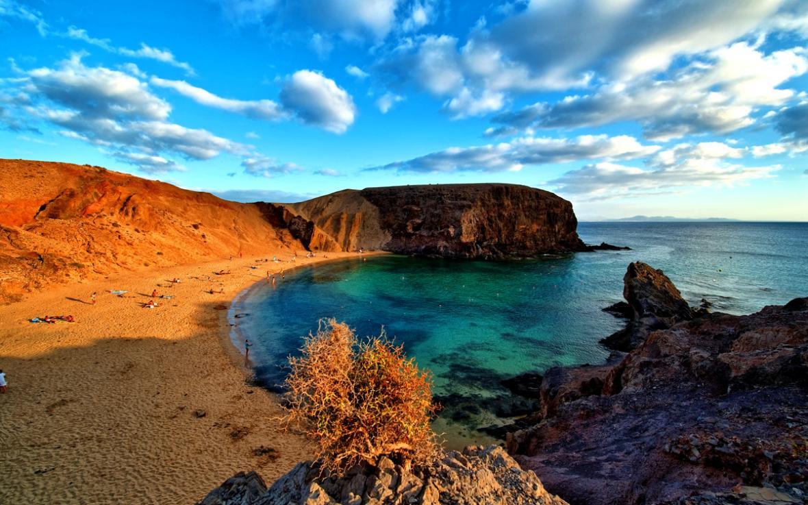 تجربه ده ساحل برتر جزایر قناری همراه با تور اسپانیا