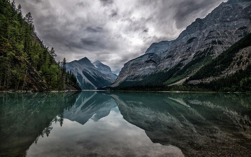طبیعت بکر و دست نخورده پارک استانی کوه رابسون کانادا