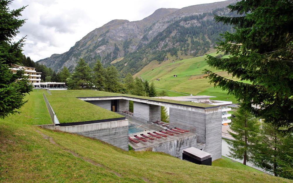 یک تعطیلات آرامش بخش در استخرهای حرارتی سوئیس