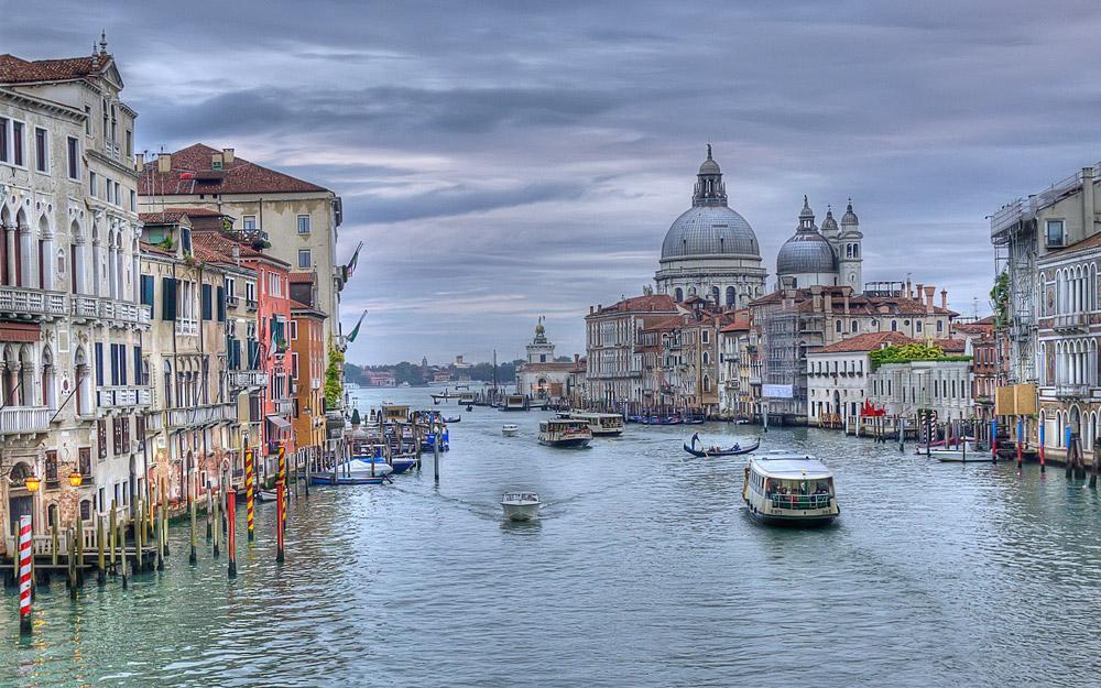 بهترین سفرهای رمانتیک و فراموش نشدنی از طریق کانال های آبی