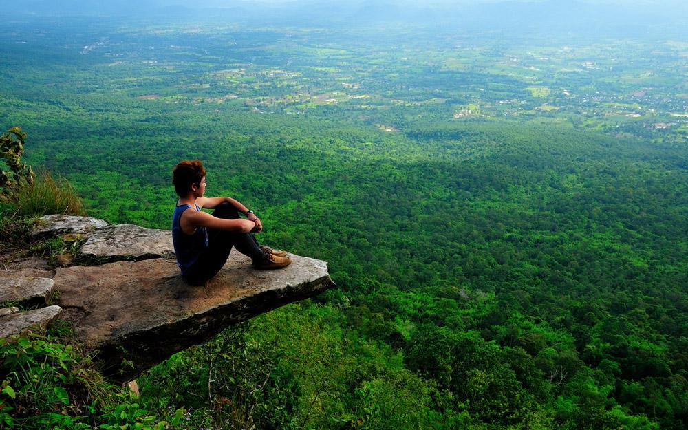 تماشای دنیا از فراز صخره Hum Hod در تایلند