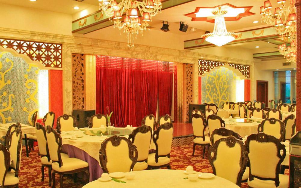 رستوران اسلامی شین یوئه گوانجو (چین)