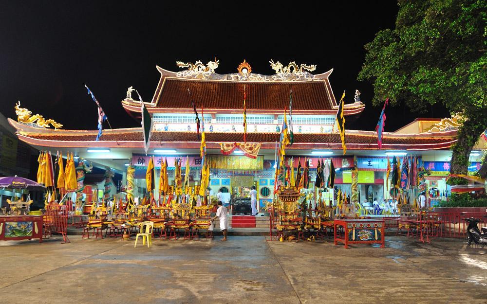 زیارتگاه بانگ نیو پوکت (تایلند)