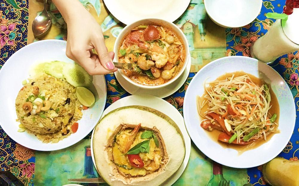رستوران تایلندی تون ما یوم کرابی (تایلند)